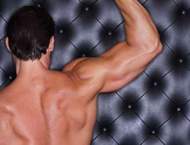 how to build deltoid muscles men